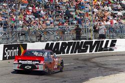 Spin Ryan Newman, Stewart-Haas Racing Chevrolet