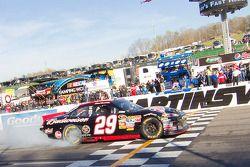 Race winnaar Kevin Harvick, Richard Childress Racing Chevrolet