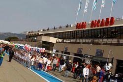 Pre-race pitlane