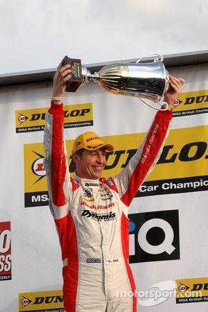 Round 3 Winner: Matt Neal, Honda Racing