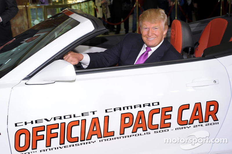 Donald Trump dans le Pace Car des 500 Miles d'Indianapolis