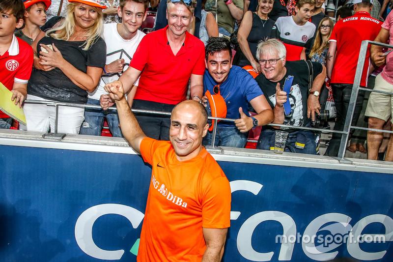 Arthur Abraham, boxer with the fans