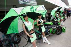 Team Green Girl