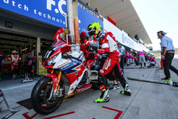 #111 Honda Endurance Racing: Julien da Costa, Sébastien Gimbert, Freddy Foray in the pitlane