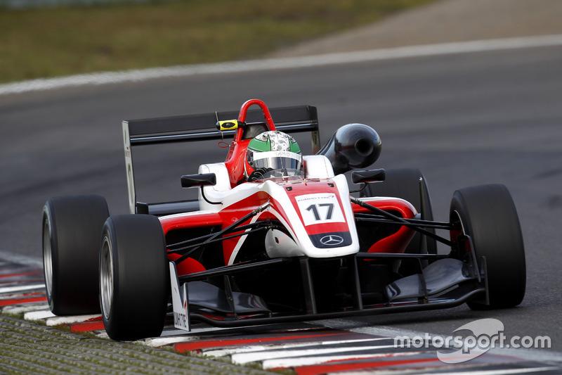 17. Sam MacLeod, Fortec Motorsport Dallara F312 – Mercedes