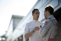 Sébastien Buemi, Renault e.Dams; Jérôme d'Ambrosio, Dragon Racing