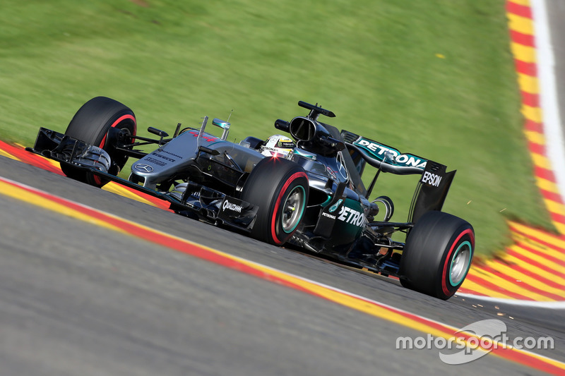 21. Lewis Hamilton, Mercedes AMG F1 W07 Hybrid (Startplatzstrafe)