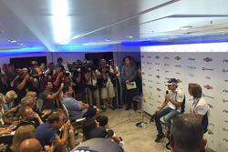 Felipe Massa retire press conference