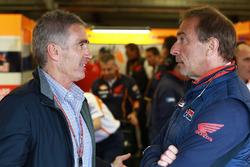 Mike Doohan en Livio Suppo, teambaas Repsol Honda Team