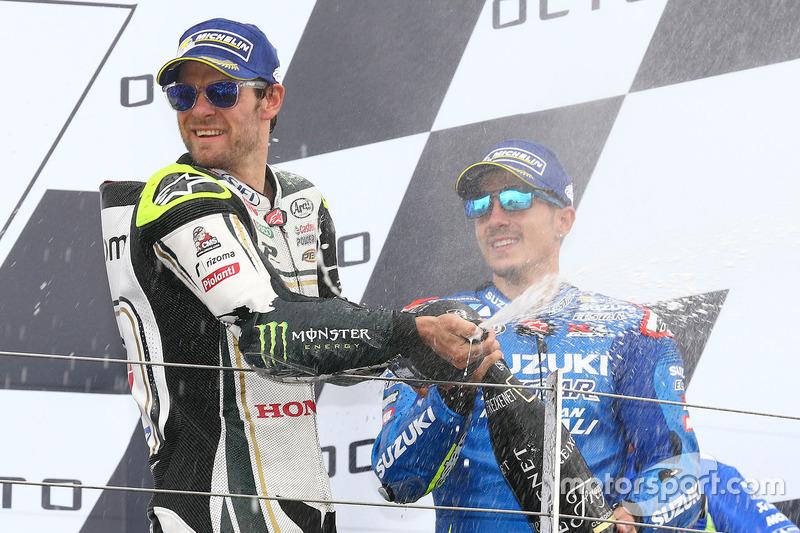 Podio: segundo lugar Cal Crutchlow, equipo LCR Honda, ganador de la carrera Maverick Viñales, equipo Suzuki MotoGP
