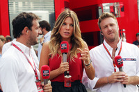 Federica Masolin, Sky F1 Italia Presenter (Centre) and Davide Valsecchi, Sky F1 Italia Presenter (Right)
