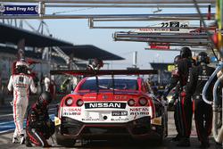 #22 Nissan GT Academy Team RJN, Nissan GT-R Nismo GT3: Romain Sarazin, Sean Walkinshaw, Riccardo Sanchez