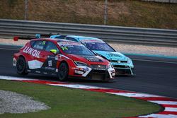 Pepe Oriola, SEAT León, Team Craft-Bamboo LUKOIL und Stefano Comini, Volkswagen Golf GTI TCR, Leopard Racing