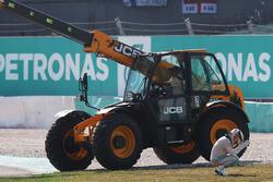Lewis Hamilton, Mercedes AMG F1 retired si ritira dalla gara per la rottura del motore