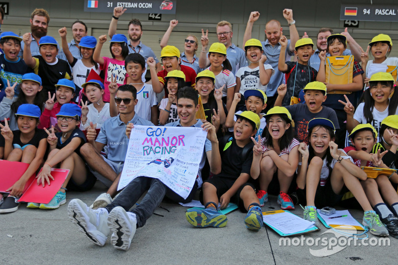 Pascal Wehrlein, Manor Racing y Esteban Ocon, Manor Racing