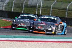 #251 Porsche Cayman GT4 CS, Ebimotors: Riccardo Pera e  #252 Porsche Cayman GT4 CS, Ebimotors: Sabino Marco De Castro