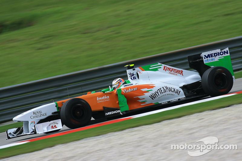 2011: Force India VJM04 Mercedes (три шестых места, 6-е место в КК)