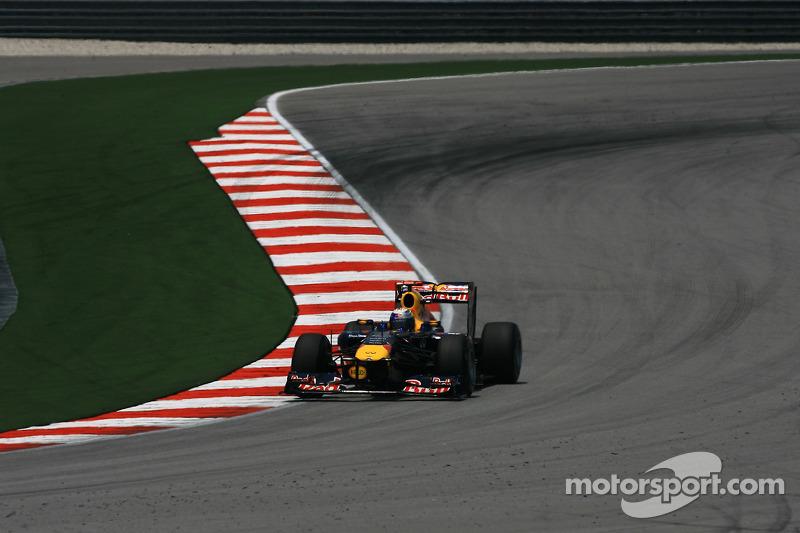Red Bull 2011: Sebastian Vettel, Red Bull RB7