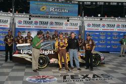 Pole winner David Ragan, Roush Fenway Racing Ford
