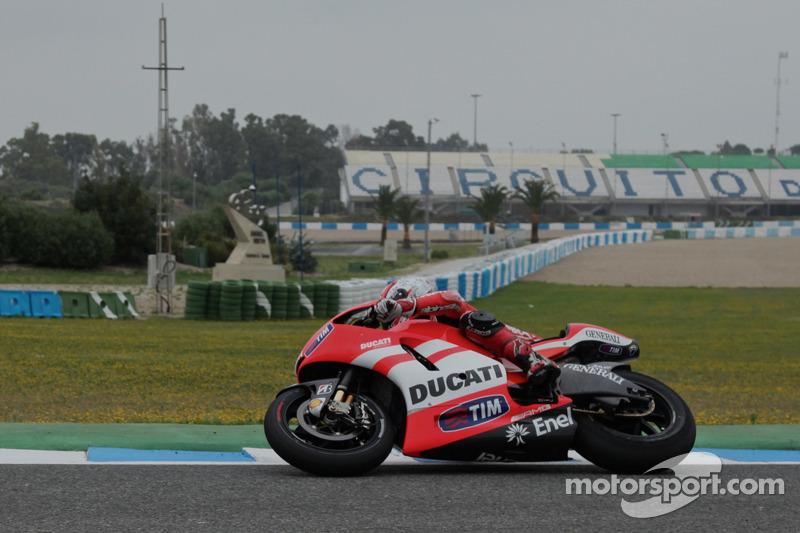Nicky Hayden, Ducati Team, prueba la nueva Ducati GP12