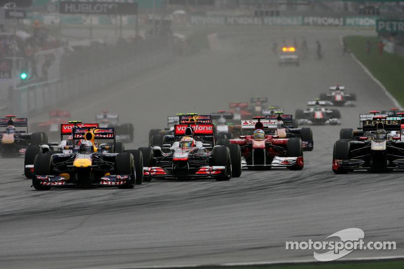 Start, race, Sebastian Vettel, Red Bull Racing ve Lewis Hamilton, McLaren Mercedes