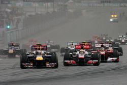 Départ de la course, Lewis Hamilton, McLaren Mercedes et Sebastian Vettel, Red Bull Racing