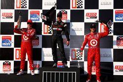 Podium : Will Power, vainqueur devant Scott Dixon et Dario Franchitti