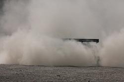 #20 Sumo Power GT Nissan GT-R: Enrique Bernoldi, Ricardo Zonta crashes