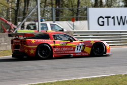 #11 Exim Bank Team China Corvette Z06: Mike Hezemans, Nick Catsburg