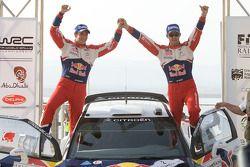 Podium : les vainqueurs Sébastien Ogier et Julien Ingrassia