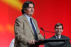 Conferencia de prensa anunciando un contrato de 10 años para traer el MotoGP al nuevo circuito de las Américas a partir de 2013