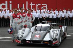 Audi Sport photoshoot: #2 Audi Sport Team Joest Audi R18 TDI: Marcel Fässler, Andre Lotterer, Benoit Treluyer