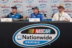 Post-race press conference: Carl Edwards, crew chie Mike Beam, and car owner Jack Roush