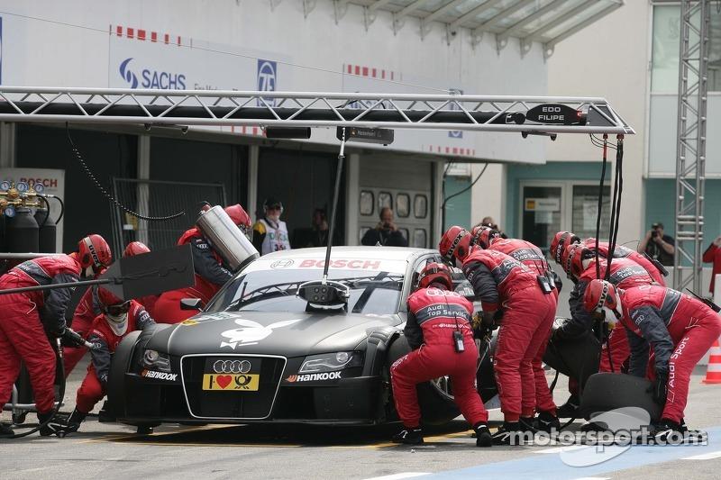 Pitstop for Edoardo Mortara, Audi Sport Team Rosberg, Audi A4 DTM