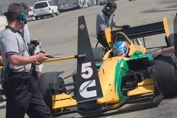 Marcus Marshall returns to pits