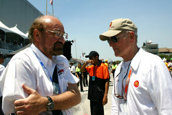 Kevin Kalkhoven y Paul Newman