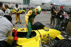 Champ Car 2-seater expérience: Alex Tagliani monte à bord