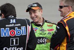 Tony Stewart, Stewart-Haas Racing Chevrolet, Mark Martin, Hendrick Motorsports Chevrolet, Jeff Burto