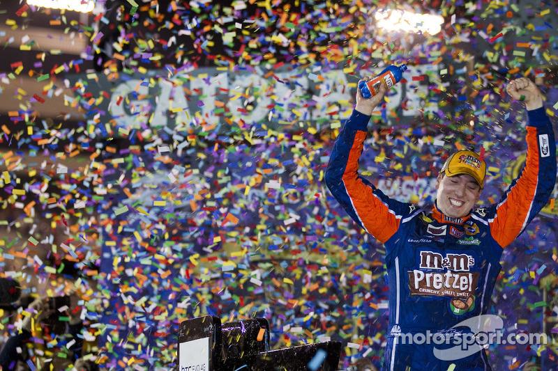 2011, Richmond 1: Kyle Busch (Gibbs-Toyota)