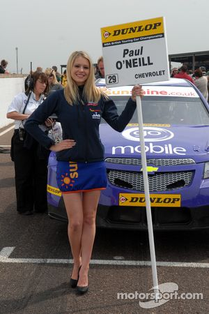 Paul O'Neill Go Mobile with Tech-Speed Grid girl
