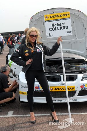 Rob Collard, WSR Grid girl