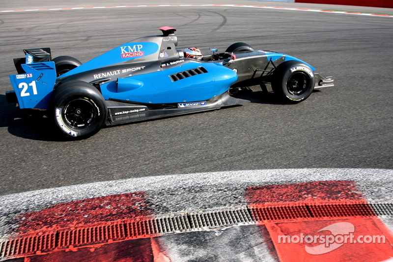 Формула Renault 3.5: KMP Racing/Team RFR