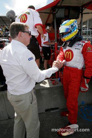 Carl Haas congratulates Sébastien Bourdais for winning the provisional pole