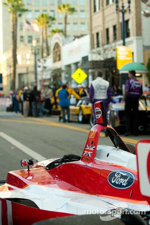 Justin Wilson's car awaits the pit stop competition