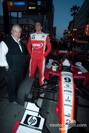 RuSPORT Operations Director Steven Wulff and driver Justin Wilson