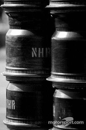 Les roues prêtent à aller à Newman Haas Racing