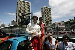 Bruno Junqueira mène la parade des pilotes