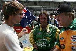 Le Premier Ministre Peter Beattie souhaite bonne chance à Will Power pour la course