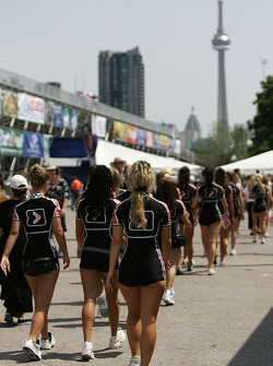 Champ Car girls walk the paddock