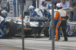 Fire on the left rear of Oriol Servia's car